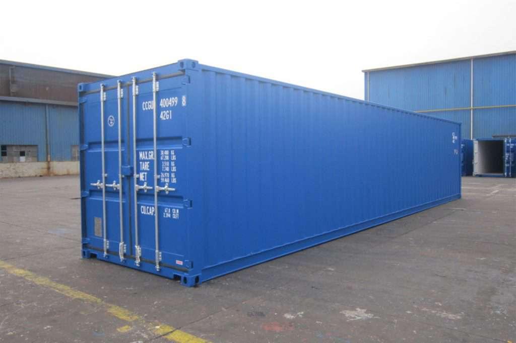 Container 40 feet chứa hàng vận chuyển